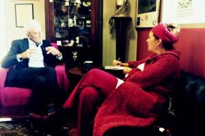 Die Autorin im Gespräch mit Yiannis Boutaris.