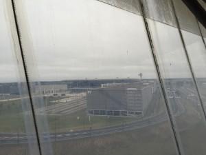 Der Flughafen vom Besichtigungsturm aus