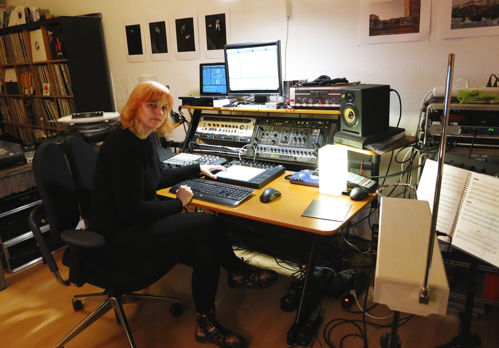 Donna Maya: musician, composer, live performer and the very first female Ableton certified trainer