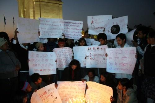 Schweigender Protest am India Gate