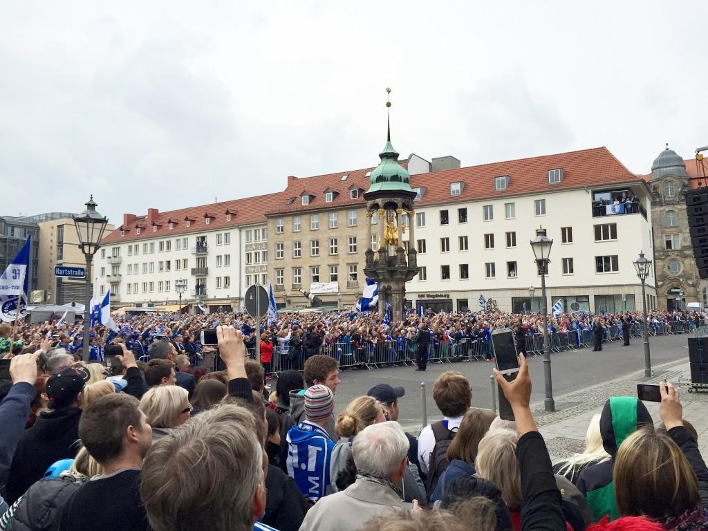 Empfang der Spieler auf dem Alten Markt in Magdeburg