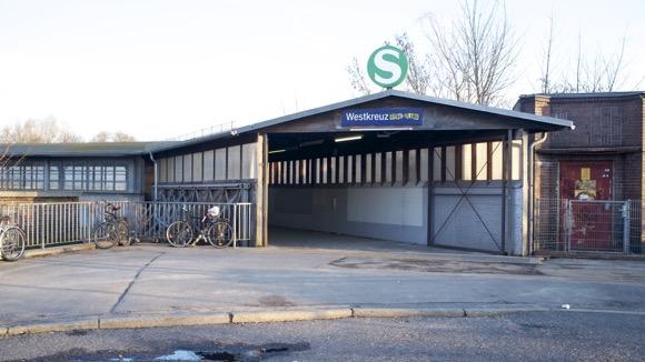 westkreuz_eingang