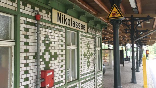 nikolassee_bahnsteig