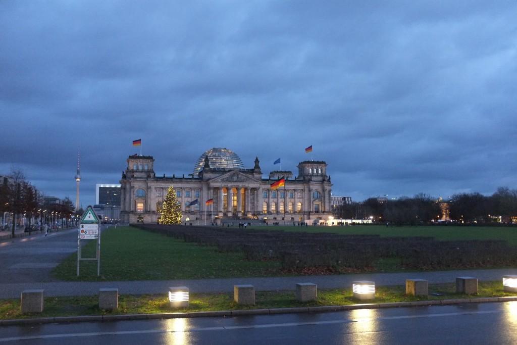Der Reichstag aus der Ferne