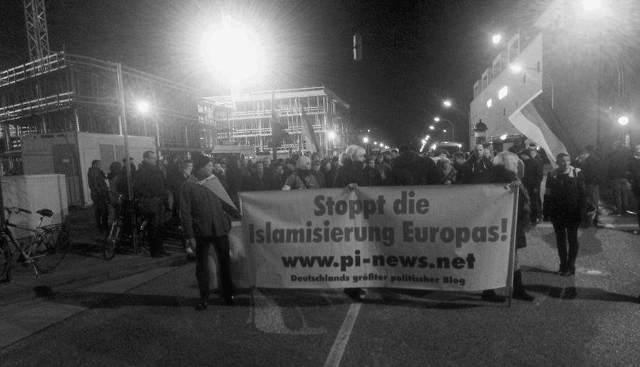 """""""Stoppt die Islamisierung Europas!"""""""