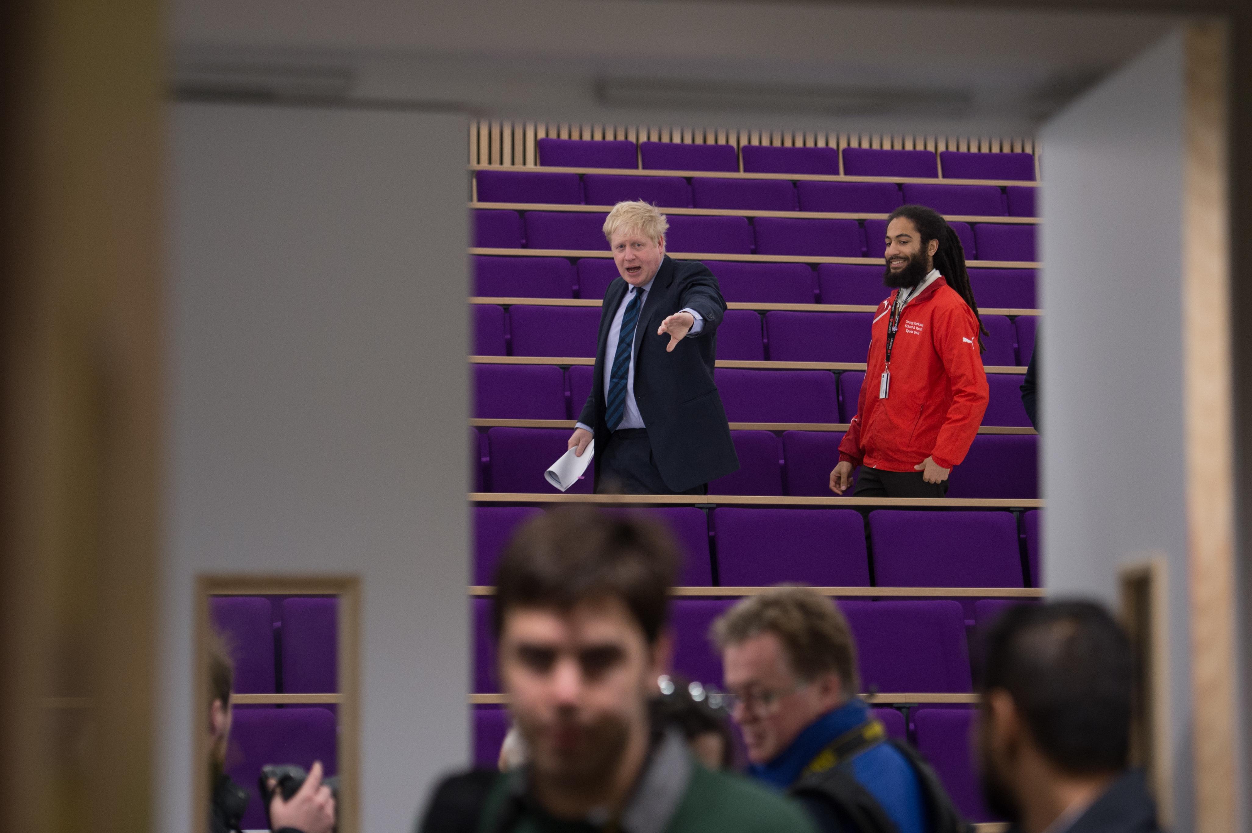 """In der Bevölkerung ist er tonangebend, bei Student verfängt seine """"Leave Britain""""-Kampagne nicht wirklich: Londons Ex-Bürgermeister Boris Johnson."""