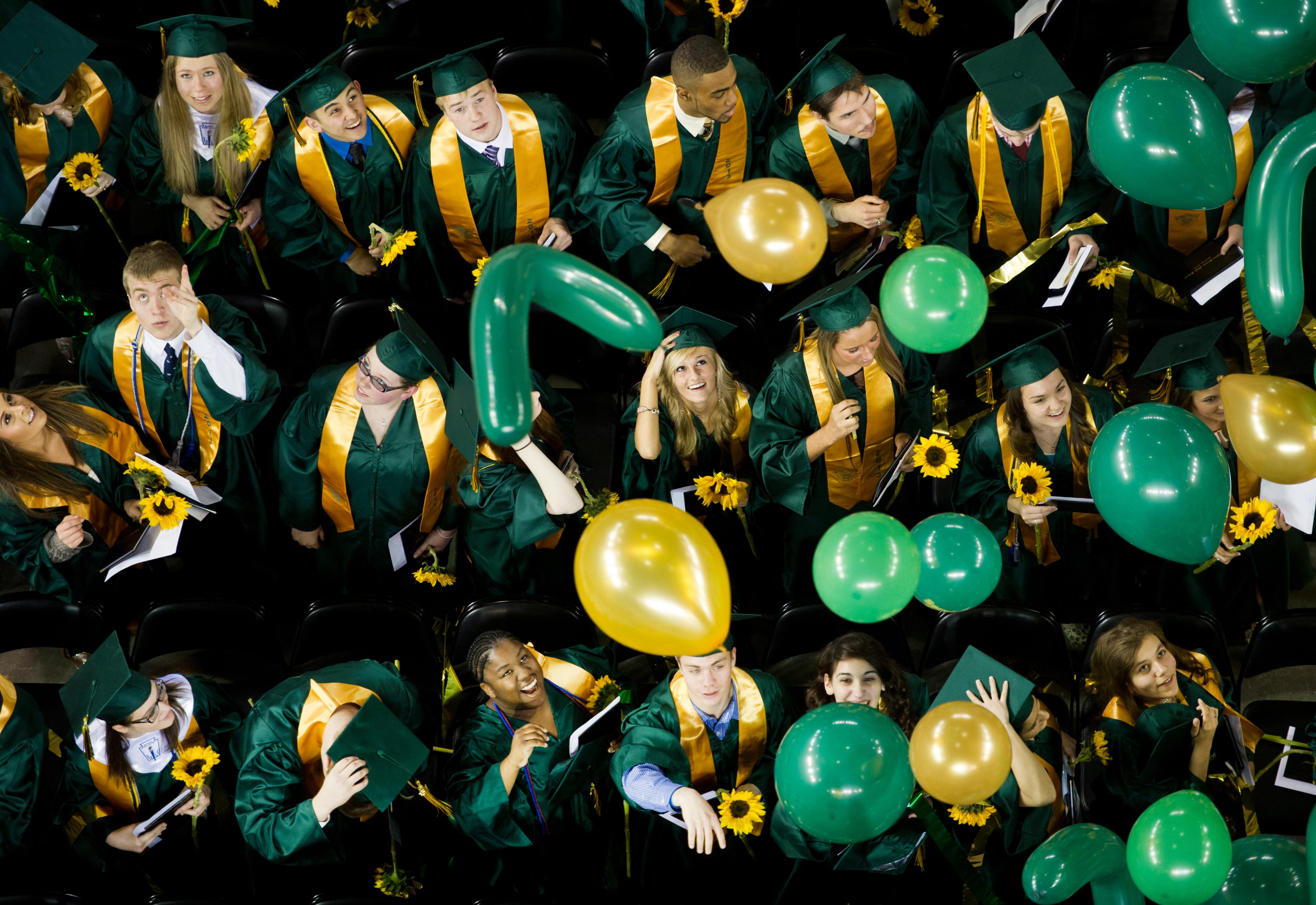 Abschlussfeier an der Universität in Anchorage, Alaska |
