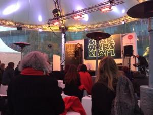 Innenansichten der Außenbühne beim Star Wars Poetry Slam