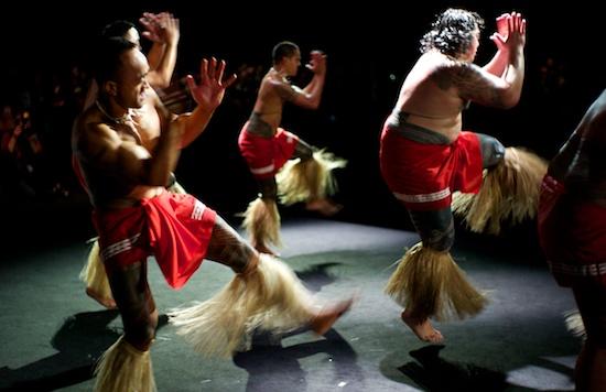 Tag 1 alles auf maori berdruck - Lustlos englisch ...
