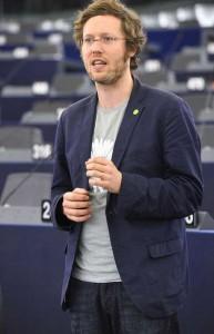 Nach den Enthüllungen Edward Snowdens veranlasste Albrecht eine Untersuchung des Innenausschusses im EU-Parlament.