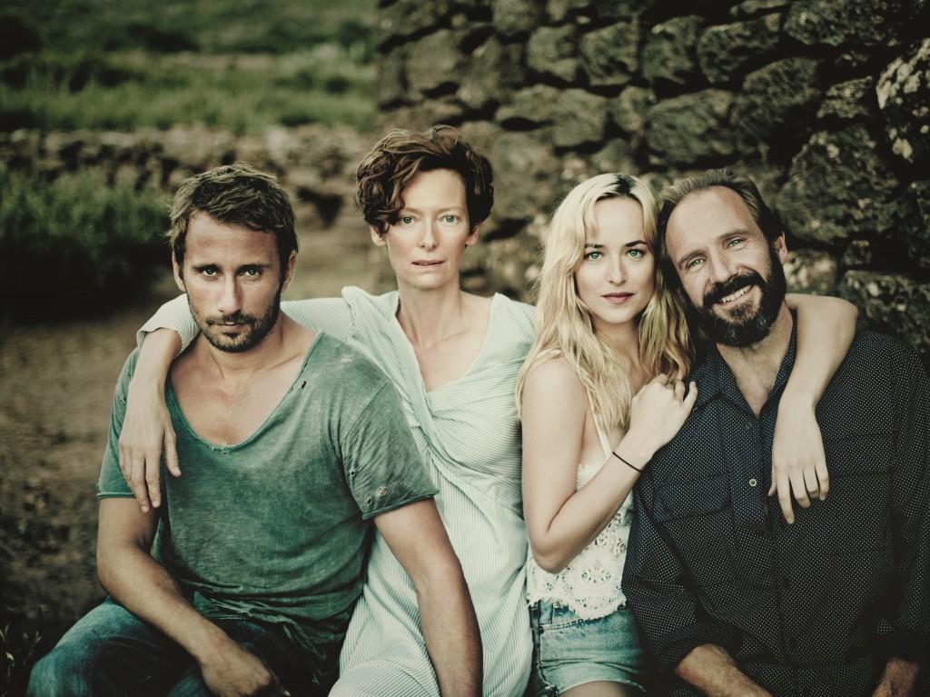 """Matthias Schoenarts, Tilda Swinton, Dakota Johnson und Ralph Fiennes in """"A Bigger Splash"""""""