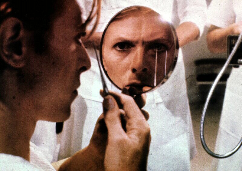 "Davod Bowie 1976 in Nicholas Roegs ""The Man Who Fell To Earth"""