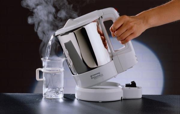 Heißes Wasser bewirkt mitunter Wunder, besonders am Morgen.