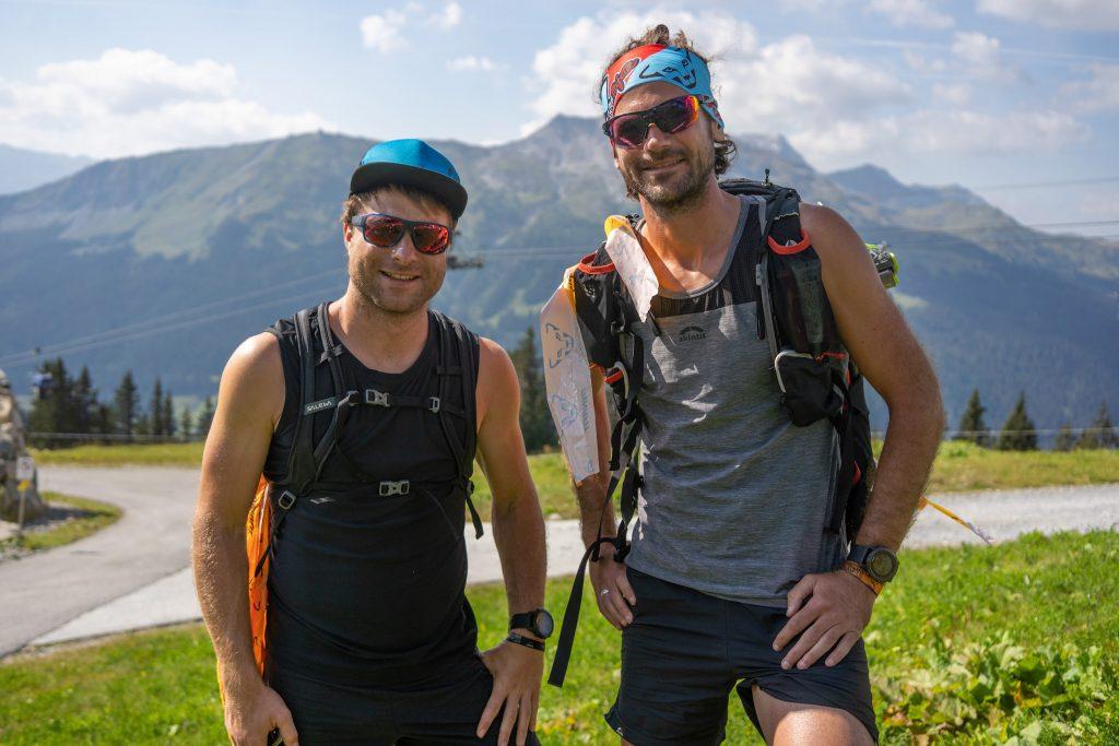Die Markierungsläufer Christopher und Phillip beim Transalpine Run
