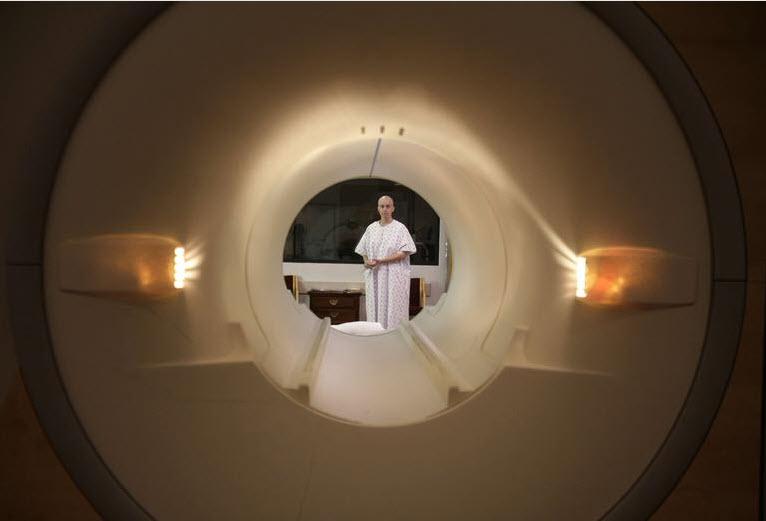 MRI-Röhre zum Hirnscannen