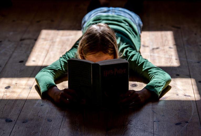 Ob Lesen wirklich vor Mundart bewahrt?