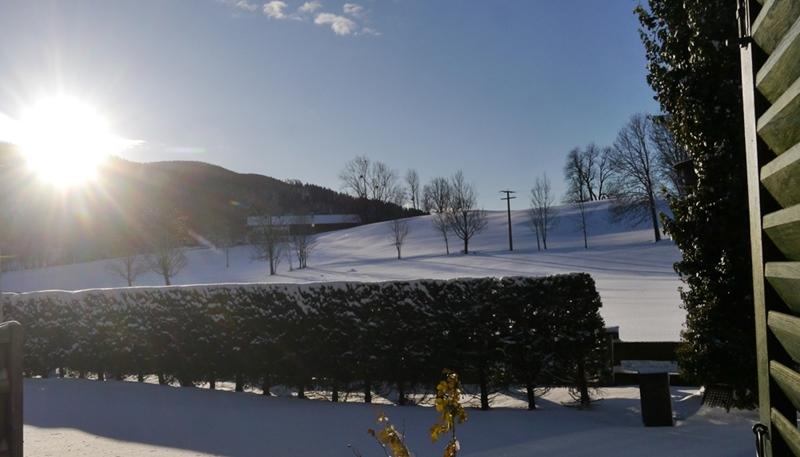 Das Hier Könnte Das Schönste Bild Nach Der Wintersonnenwende Sein, Denn Es  Ist Tatsächlich Der Blick Aus Meinem Schlafzimmer Auf Die Frisch  Eingeschneite ...