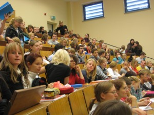 Abwärtstrend bei den Bewerbern: Tiermedizinstudenten an der Veterinärmedizinischen Fakultät in Gießen