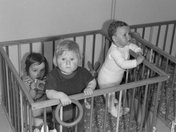 Schade, dass es das so nicht mehr gibt? In der Kinderkrippe in Jena in den 70ern.