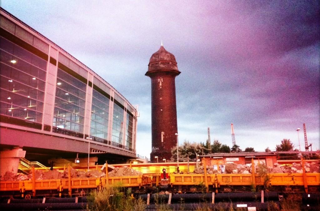 Der Wasserturm am S-Bahnhof Ostkreuz